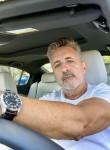 Michael Henry, 55, Frankfurt am Main