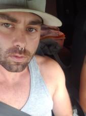 Moisés, 26, Spain, Camas
