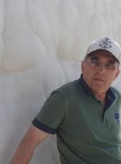 Vitaliy, 60, Russia, Vuktyl