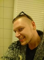 Deniss Nazarov, 34, Finland, Helsinki