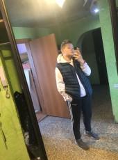 Egor, 18, Russia, Kamensk-Uralskiy