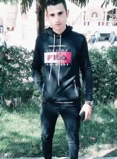 Mahmoud, 18, Egypt, Tahta