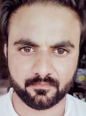 Saud, 33, Pakistan, Karachi