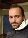 Sergi, 28  , Chatellerault
