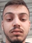 André, 18  , Vialonga