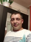Iulian , 46  , Sector 4