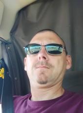 Mike, 46, Canada, Calgary
