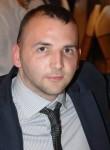 Aleksandar , 30  , Zemun