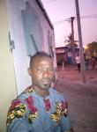 sogbossi, 35  , Cotonou