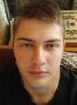 Aleksandr, 22  , Surovikino