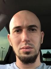 Evgeniy, 32, Russia, Omsk