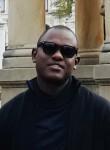 Telles, 37  , Luanda