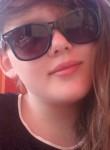 Lea, 22  , Soltau