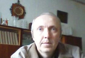 Anatoliy, 53 - Just Me