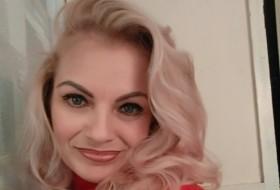 Inessa, 47 - Just Me
