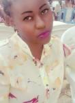 Leïla, 24  , Libreville