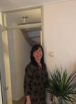 Yelena, 45  , Amsterdam