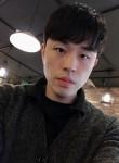 신동훈, 34  , Goyang-si