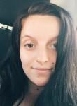 Sarah, 18  , Philadelphia