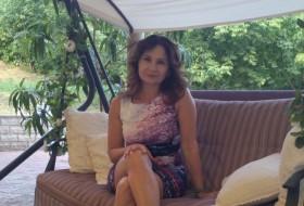 Nadine, 43 - Just Me