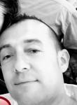 Yo mismo, 41  , Pedro Munoz