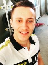 Berkay, 19, Turkey, Denizli