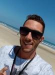 Eduardo, 32, Porto Alegre