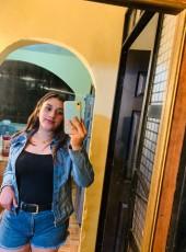 Valeria, 20, Mexico, Toluca