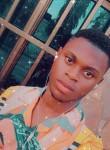 Pierre, 22  , Cotonou