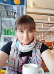 Anna, 46  , Helsinki