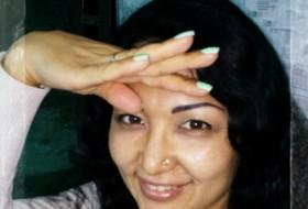 Zamira, 47 - Just Me