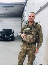 Şafak, 27, Turkey, Ankara