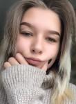 Anastasiya, 19  , Uglegorsk