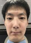 서승현, 33  , Seoul