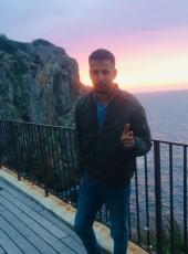 ayoub, 24, Spain, Soller