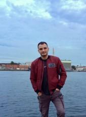 Maksim, 27, Russia, Saint Petersburg