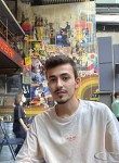 Berk, 20, Istanbul