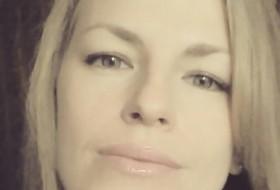 Stefana, 35 - Just Me
