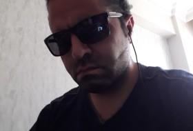 murat, 37 - Just Me