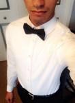jonathan, 23  , Saint Cloud (State of Florida)