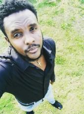 Dave , 24, Bahamas, Nassau
