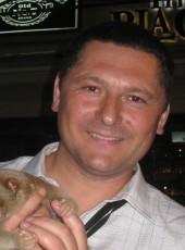 Viktor, 45, Russia, Vladivostok