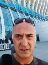 Valeriy, 52, Russia, Yalta