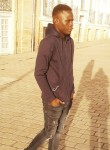 Moussa, 18  , Reze