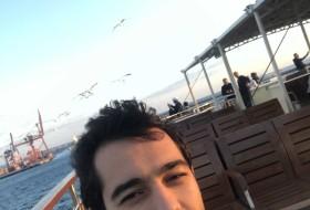 Mustafa , 21 - Just Me