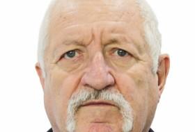 Yuriy, 70 - Just Me