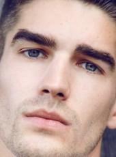 Deni, 22, Albania, Tirana