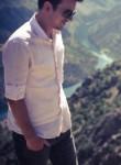 Nazif, 28  , Cungus