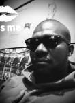 Mamadou, 30  , Paris