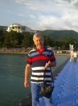 Sergey Romanov, 64  , Rostov-na-Donu